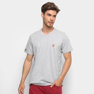e047d5a0d0 Camiseta Okdok Classic Gola V - Masculina
