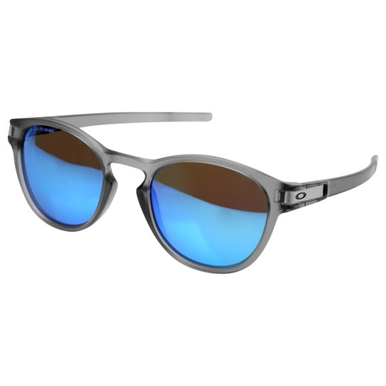 8286267e9 Óculos de Sol de Sol Oakley Latch Masculino - Cinza e Azul Claro ...