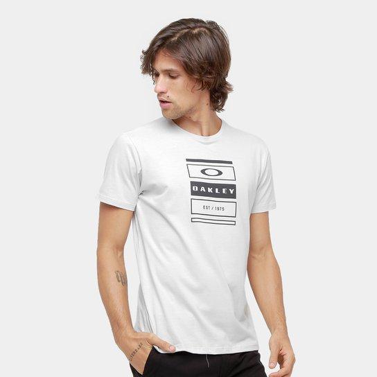 0cf74ab12a Camiseta Oakley Mod Tri-Box Stack Tee Masculina - Cinza Claro