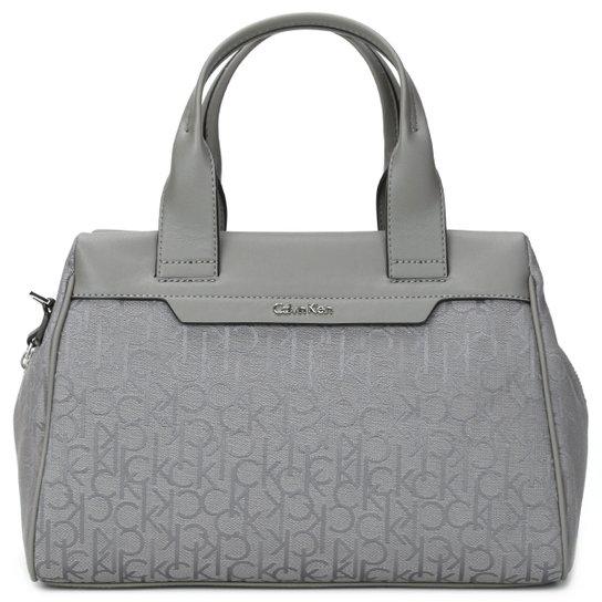 Bolsa Calvin Klein Baú Monograma - Compre Agora   Zattini 5b34e59e6e