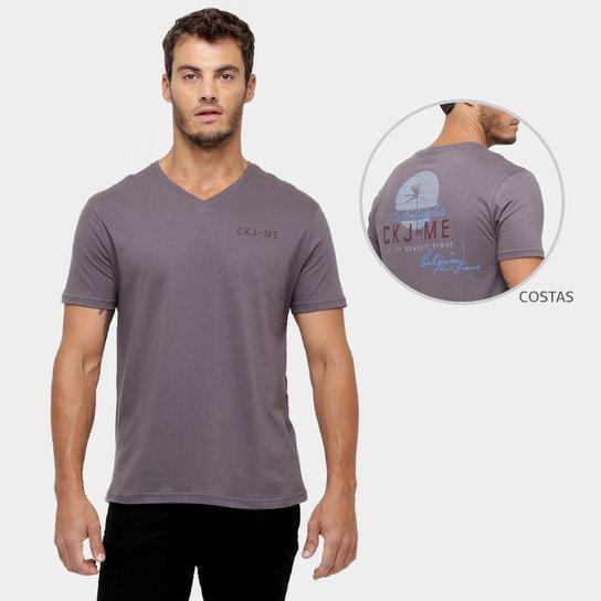 ba3e7ce537 Camiseta Calvin Klein Gola V Estampada - Compre Agora