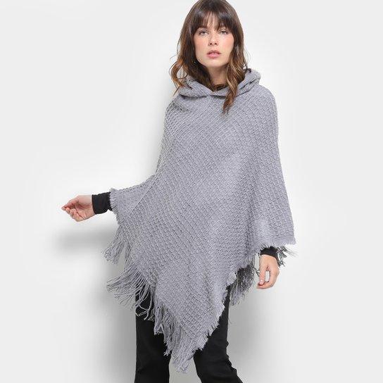 Poncho Lily Fashion Tricô Capuz Feminino - Compre Agora  6d92d51ee597e