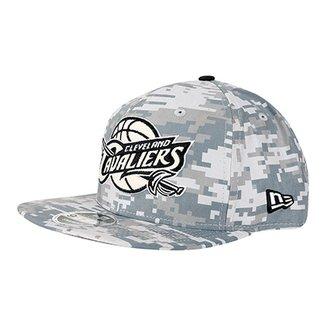 Boné New Era NBA Cleveland Cavaliers Aba Reta 950 OF SN Digicamo Gra 5cb654fa849