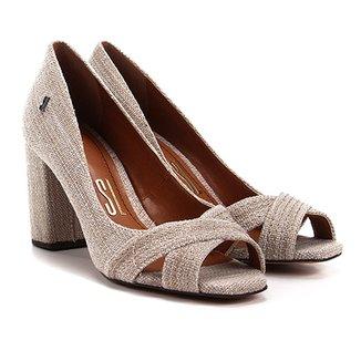 c39240a7d6 Peep Toes e Calçados Santa Lolla em Oferta