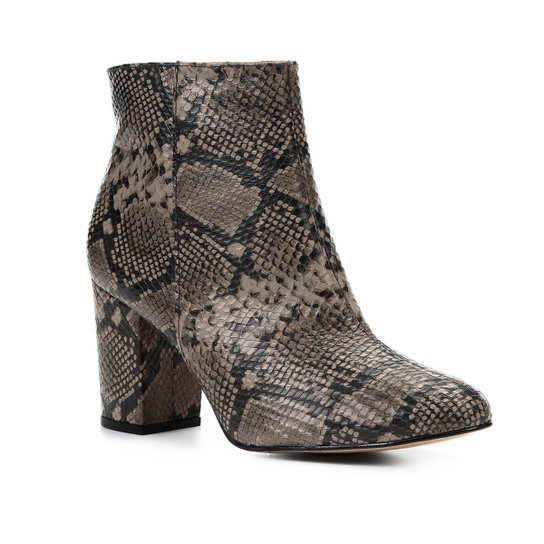 542d4cfc99 Bota Couro Cano Curto Shoestock Snake Feminina - Cinza | Zattini