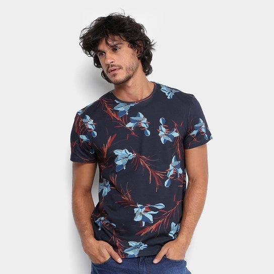 00f49c49ba4fc Camiseta Reserva Gola Careca Full Floral Lírios Masculina - Compre ...
