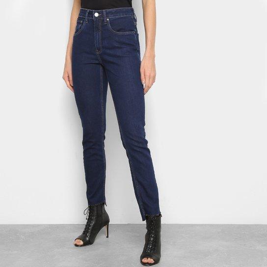 8e8902163 Calça Jeans Calvin Klein Cintura Alta Slim Feminina - Marinho   Zattini