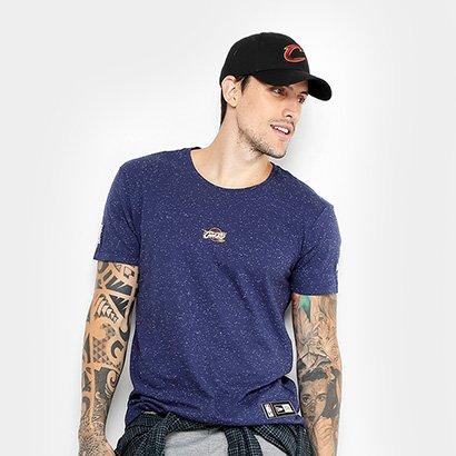 137d1c622 ... Camiseta NBA Cleveland Cavaliers New Era Mini Logo Masculina. Passe o  mouse para ver o Zoom