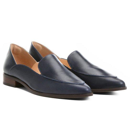 e3defe5799 Mocassim Couro Shoestock Recortes Feminino - Compre Agora