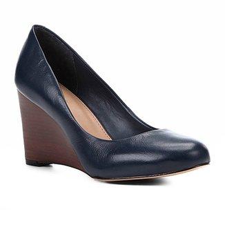 6411594dc3 Scarpin Couro Shoestock Salto Médio Anabela