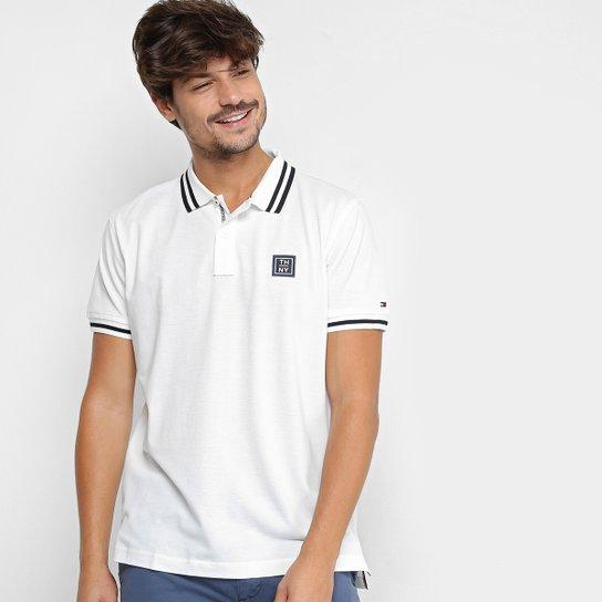 612037b56f6 Camisa Polo Tommy Hilfiger Patch Friso Masculina - Branco - Compre ...