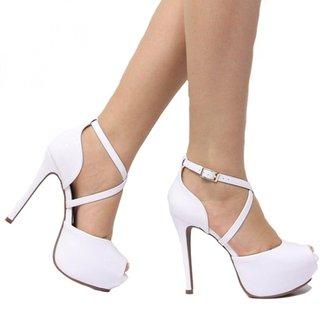 0e18b878d Sandálias e Calçados Bebece em Oferta | Zattini