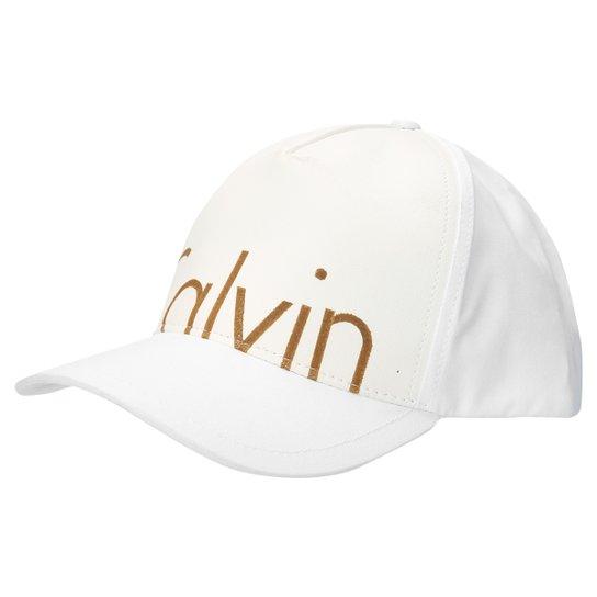 251401114b35b Boné Calvin Klein Aba Curva Estampado - Compre Agora   Zattini