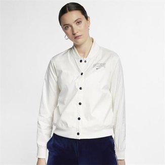 0adbaaf861a Jaqueta Nike Sportswear Varsity Feminina