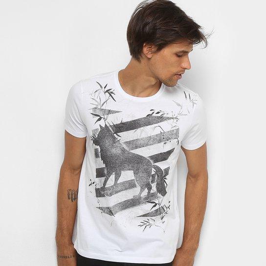 6c8a19ddbd Camiseta Acostamento Estampada Masculina - Compre Agora