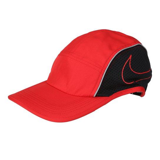 Boné Nike Aba Curva AeroBill AW84 - Vermelho+Preto 0b85fada197