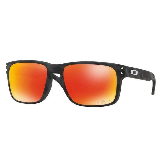 2a476e38e03de Óculos Oakley Holbrook Black Camo  Lente Prizm Ruby - Vermelho ...