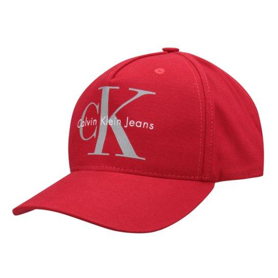 Boné Calvin Klein Aba Curva CK Masculino - Vermelho - Compre Agora ... aeb17951f04
