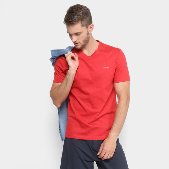 d91b9ac916cc7 Camiseta Calvin Klein Slim Gola V Masculina - Compre Agora