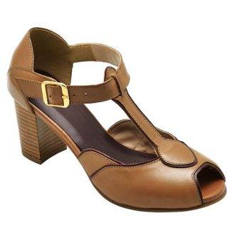 f66db761a7f Sandália D R Shoes Couro Feminina