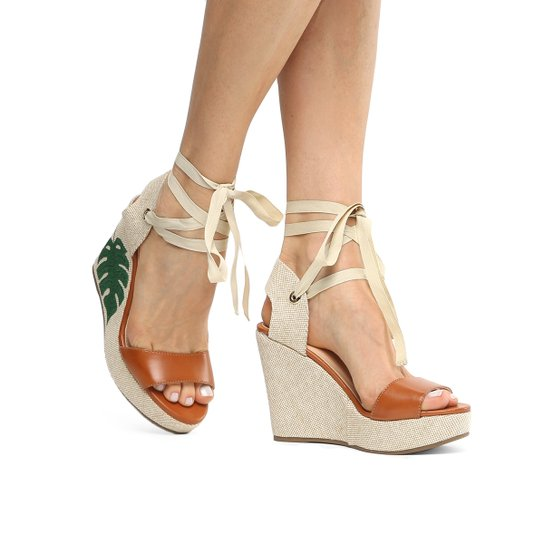 29565c7ed3 Sandália Anabela Shoestock Tropical Feminina - Caramelo