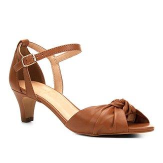 c4b94d109 Sandália Couro Shoestock Salto Grosso Nó Feminina