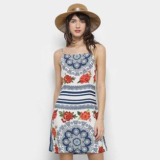 73339b01a Vestido Farm Evasê Floral Safira. Ver similares. Confira · Vestido Farm  Curto Rendado
