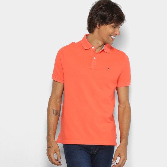 92eab11b9e3d0 Camisa Polo Tommy Hilfiger Básica Masculina - Coral - Compre Agora ...