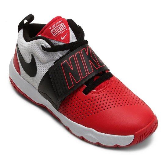 573f1bdb0c9 Tênis Infantil Nike Team Hustle D8 Masculino - Branco e Vermelho ...