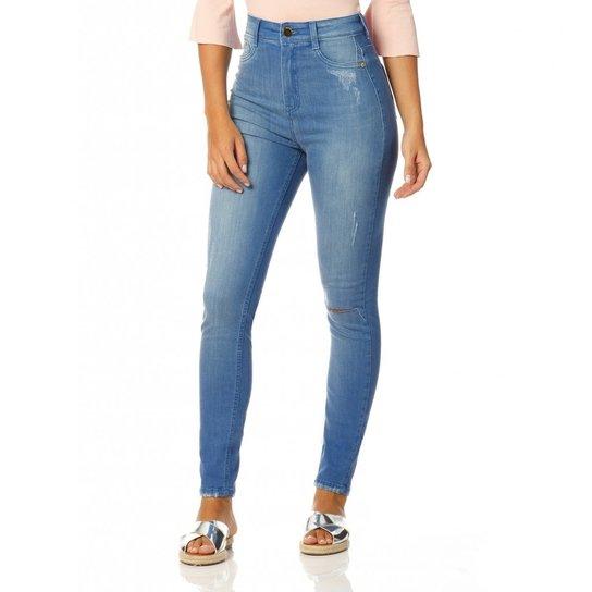 c18192c1855fb Calça Jeans Denim Zero Cintura Alta com Puídos - Compre Agora