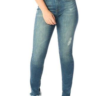 73e589e345 Calça Jeans Denim Zero Skinny Média Barra Irregular - DZ2539