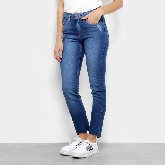 84e72e8b1 Calça Jeans Slim Calvin Klein Five Pockets Cintura Média Feminina - Azul