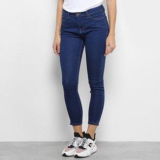 599181bce6cac Calça Jeans Super Skinny Cropped Calvin Klein Feminina