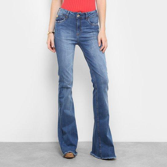 Calça Jeans Flare Colcci Base Bia Rasgada Cintura Alta Feminina - Jeans f79fc0ffcc