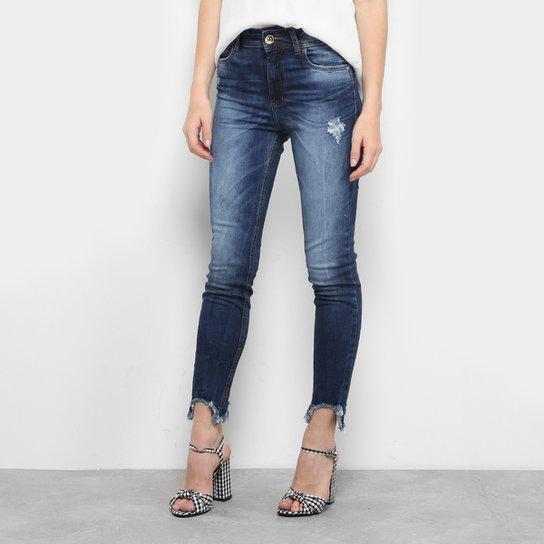 efe32edfd Calça Jeans Skinny Colcci Bia Barra Assimétrica Cintura Alta Feminina -  Jeans