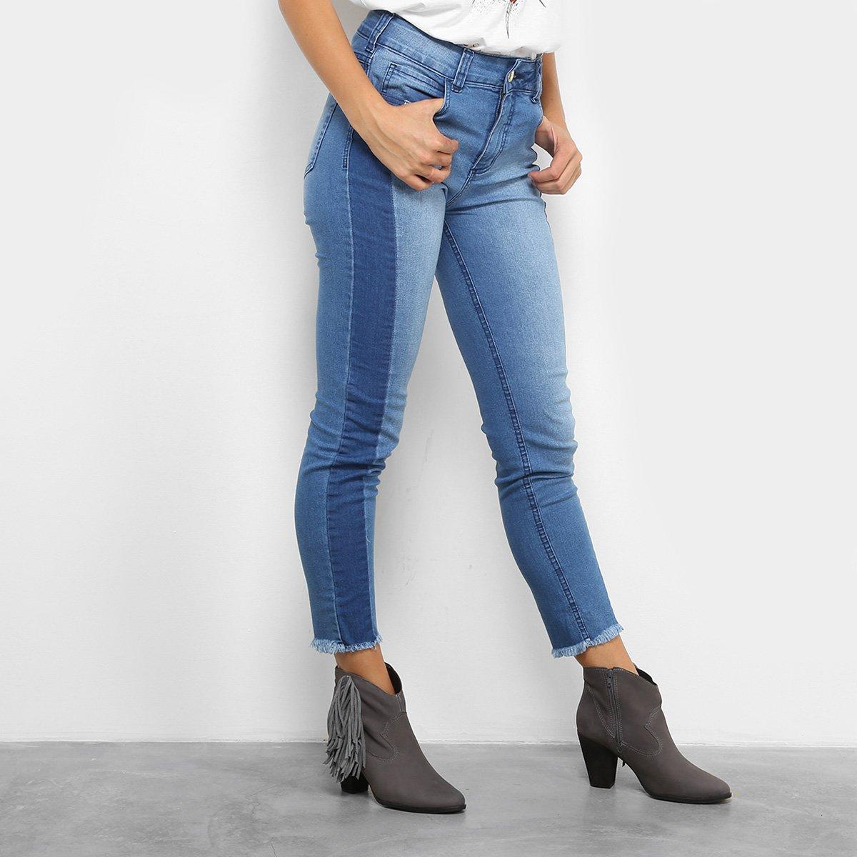 e938a3e7a FornecedorZattini. Calça Jeans Skinny Colcci Base Bia Barra Desfiada  Cintura Alta Feminina