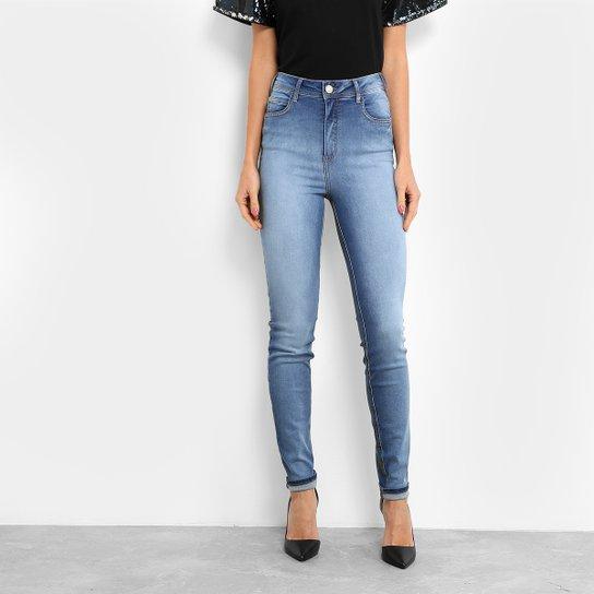 Calça Jeans Skinny Colcci Estonada Cintura Alta Feminina - Compre ... a5ce300ae2