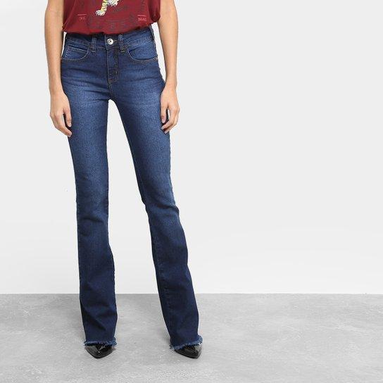Calça Jeans Flare Colcci Barra Desfiada Cintura Média Feminina - Jeans 0036056a529