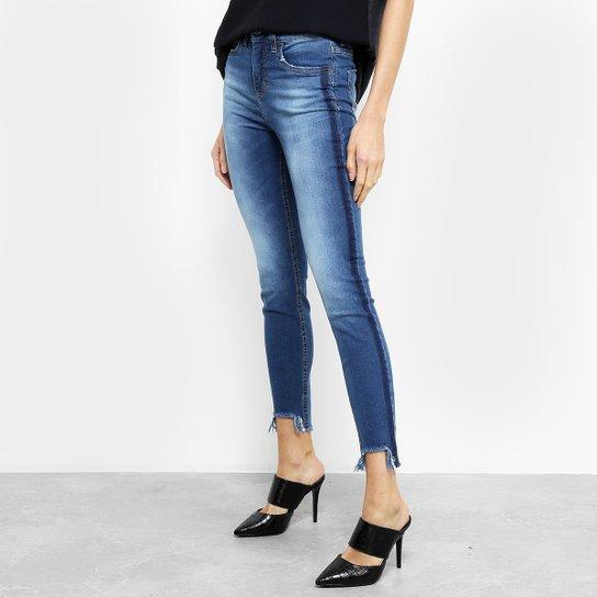 95daf502b Calça Jeans Skinny Colcci Cory Cintura Média Feminina - Azul   Zattini