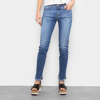 Calça Jeans Forum Estonada Barra Desfiada Cintura Média Feminina dfca13a498d