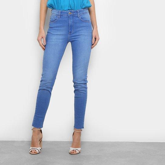 e673e43f0 Calça Jeans Skinny Forum Marisa Cintura Alta Feminina - Compre Agora ...