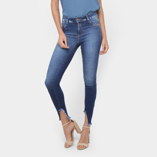 db11ba061 Calça Jeans Skinny Sawary Barra Desfiada Cintura Média Feminina - Jeans