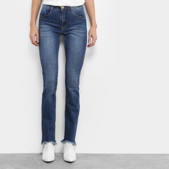 274007676 Calça Jeans Reta Biotipo Fit Barra Desfiada Irregular Feminina - Jeans
