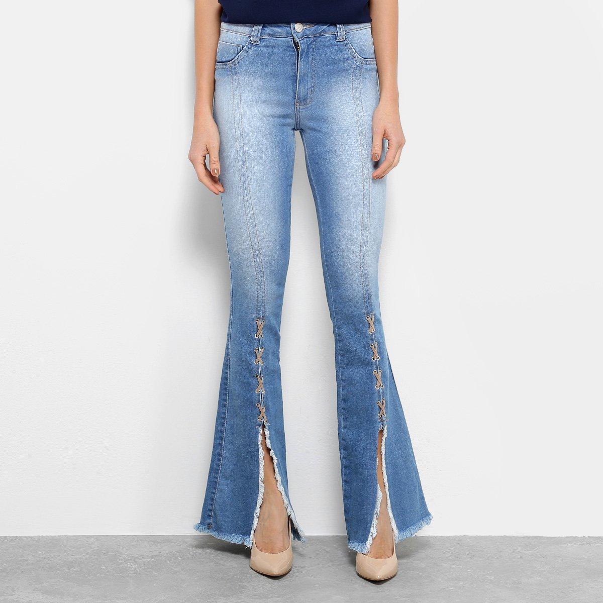 Calça Jeans Flare Biotipo Barra Desfiada Cintura Média Feminina 3f550f63e09