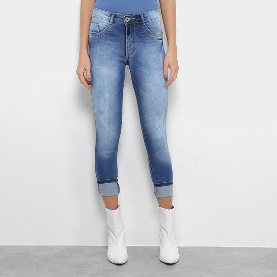 5a91fd2a0 Calça Jeans Cigarrete Biotipo Skinny Midi Cintura Média Feminina - Azul  Claro