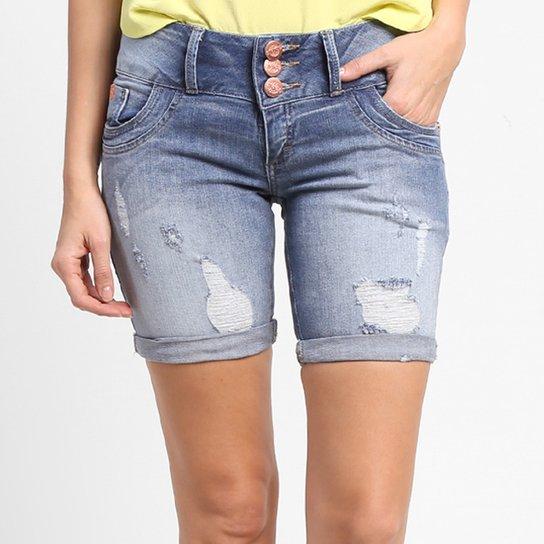 af32a91a5c Bermuda Jeans Disparate Ciclista Rasgada - Compre Agora