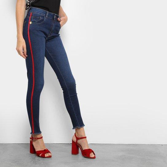 271312c4b Calça Jeans Skinny Zune Listra Lateral Sabrina Sato Feminina - Jeans
