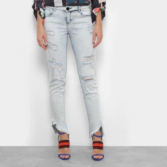 a02c8089b9 Calça Jeans Skinny Morena Rosa Rasgos Barra Defiada Cintura Média Feminina  - Azul Claro