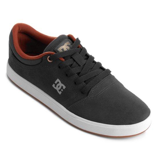 Tênis Dc Shoes Crisis LA Masculino - Cinza e Branco - Compre Agora ... 21343e7023012