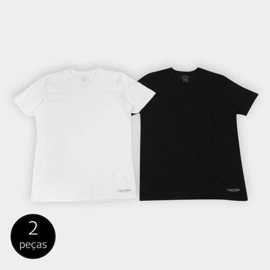 d821bc1207a77 Kit de 2 Camisetas Calvin Klein Básicas Masculina - Compre Agora ...